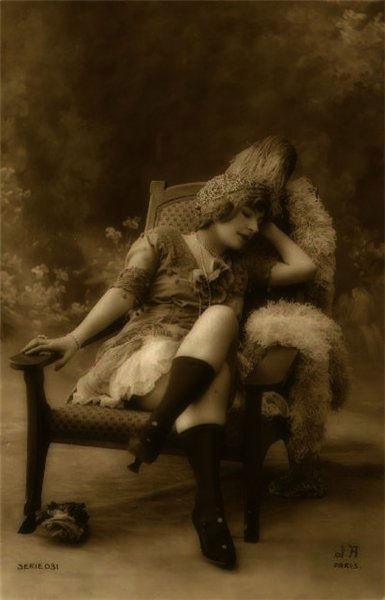 eroticheskoe-starinnoe-foto