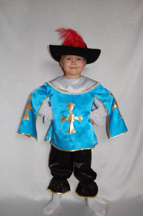 Как сшить костюм мушкетёра своими руками 91